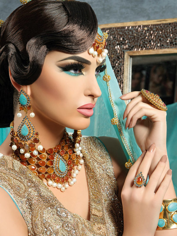 Humaira Necklace Set Swavo Collection