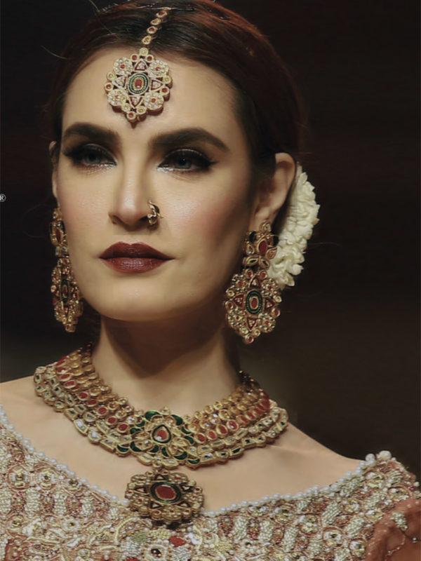 Rustic Kundan Necklace Set