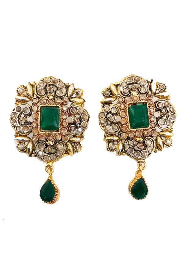 Nayab Studs - Earrings Swavo Collection